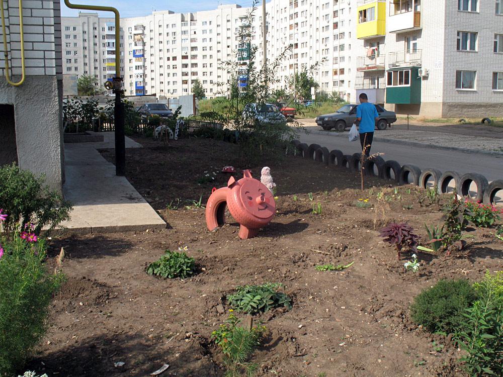 Как украсить свои двор своими руками